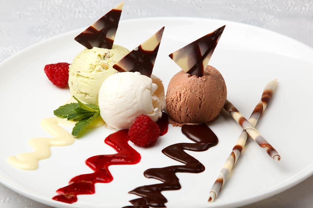 Dekoracje potraw - postaw na słodkie sosy - blog Fanex